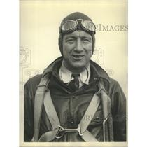 1940 Press Photo William Crosswell Chief Pilot with a speed on 300 miles a hour.