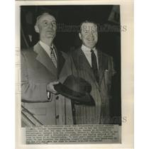 1954 Press Photo Arnold Johnson with his Attorney Edward L. Vollers - sbs08001