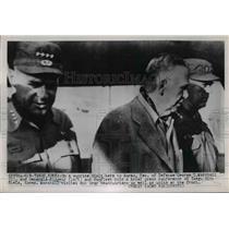 1951 Press Photo Marshall Ridgeway and VanFleet hold press conference