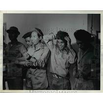 1964 Press Photo Saigon Vietnamese draftees inducted into Army - nem39466