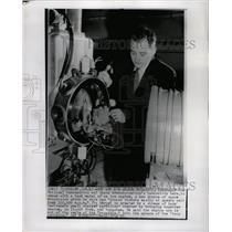 1960 Press Photo NASA Ion Engine - RRW24265