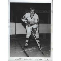 1973 Press Photo Hockey - Whitey Widing Center L.A. - sps09853