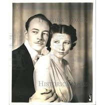 """1941 Press Photo Les Tremayne and Barbara Luddy star in """"First Nighter""""."""