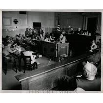 1954 Press Photo Courtroom Communism Inquiry Detroit - RRW90673