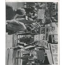 1962 Press Photo San Francisco scene Communist Party - RRX93429