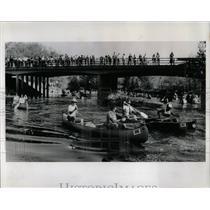 1989 Press Photo Des Plaines River Canoe Race Illinois