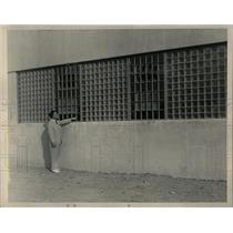 1941 Press Photo Prison Glass Walls Recreation Rooms - RRW60473
