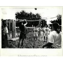1992 Press Photo Volleyball Program Hyatt Hotels Corp - RRW64889