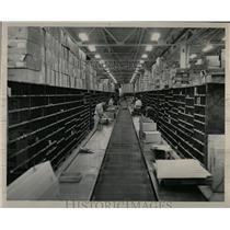 1948 Press Photo Distribution Center Denver Ford Motor - RRX76377