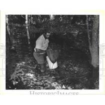 1993 Press Photo Jean Lafitte National Park - Bruce Sunpie Barnes in Swamp