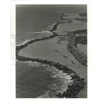 1986 Press Photo Rock Seawall on East Timbalier Island, Barrier Island Erosion
