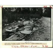 1989 Press Photo Illegal Dump Sit on Bayou Pacquet Road Near Slidell, Louisiana