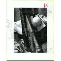 1993 Press Photo Boys Indoor Cabbage Ball Tools - noa28352