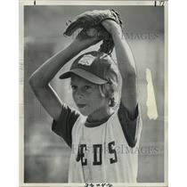 1975 Press Photo Boy Preparing to Pitch a Baseball - noa28448