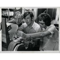 1972 Press Photo Mrs. Penny Harnadek Computers - RRW89225