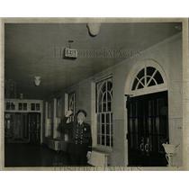 1952 Press Photo Fire Marshall Thomas Cannaven Stairway - RRW67661