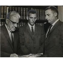 1958 Press Photo Alabama-Attorney, principals in action against SEC. - abns00314