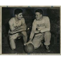 1947 Press Photo Alabama-John Alexander and Ed Eubanks at basketball practice.