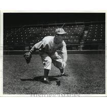 Press Photo Alabama-Birmingham Baron baseball player. - abns00459