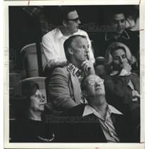 1974 Press Photo Pensive Gordie Howe sitting in stands - hca00987