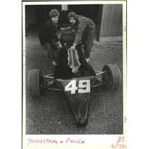 1987 Press Photo Race driver Eric Youngstrom with Paula push Grand Prix car #49