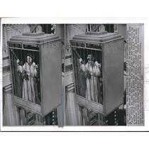 """1963 Press Photo Olivia de Havilland in Cage for """"Lady in a Cage"""" Hollywood, CA"""