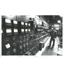 1989 Press Photo  Detroit Windsor Tunnel Control Room