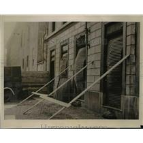 1940 Press Photo Building in Milan Italy After 1st Air Raid Bombs Struck