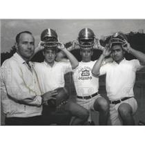 1967 Press Photo Carroll's Craig With Cavaliers Shelby, Sullivan, Kassouf