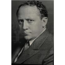 1932 Press Photo Report Washington Forecast Secretary - RRW98009