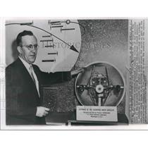 1957 Press Photo Director, Dr. John Hagen with satellite in Washington DC
