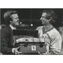 1981 Press Photo Alabama-Robert Chandler and Birmingham Barons' GM Art Clarkson.