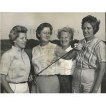 1963 Press Photo Alabama-Lady Golfers after practice round for state tournament.
