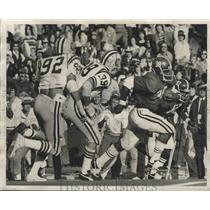 1976 Press Photo University Of Alabama Football Player Johnny Davis Running Hard