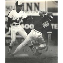 1982 Press Photo Alabama-Birmingham Barons vs. Chattanooga baseball game.