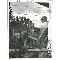 1979 Press Photo Retired Washington County Employee Relaxes on Porch with Paper.