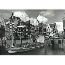 1987 Press Photo The Netherlands, A tourist boat on an Amsterdam Canal, Holland