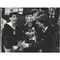 1989 Press Photo Cheney wrestlers celebrate after winning title - sps20478