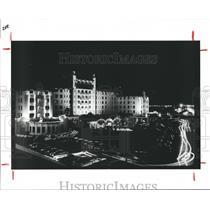 1985 Press Photo Hotel Galvez, Galveston, Texas night scene - hca04322