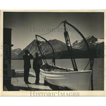 1934 Press Photo Voyage to Alaska, through mountains and Railroad - hca04441