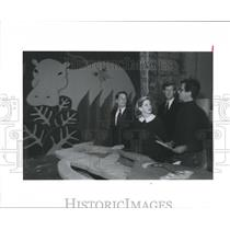 1990 Press Photo Looking over Fund-Raiser decoration-American Red Cross, Houston