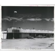 1961 Press Photo Front of Stantons Shopping Center, New Minimax. Alvin, Texas