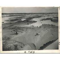1945 Press Photo View from Airline Highway Bridge facing the Mississippi River