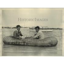 Press Photo Edward Wingertner of New Jersey & Joseph Jones in Rubber Life-Boat
