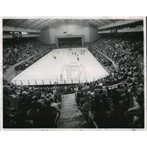 1962 Press Photo A crowd jams the Coliseum to watch Spokane Comets - spo00155