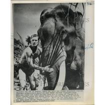 """1962 Press Photo Actor Jack Mahoney in """"Tarzan goes to India"""" Movie"""