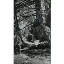 1962 Press Photo Alabama National Guardsman, Captain Ivan Smith makes his plans.