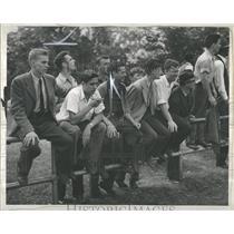 1942 Press Photo Watch Michigan Seiter Tracks rail
