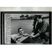 1971 Press Photo Staff Sgt. J Sexton Released Vietcong - RRX54393
