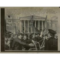 1969 Press Photo Demonstrators of the National Front - RRX75991